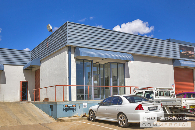 Unit 8/84-92 Barnes Street, Tamworth NSW 2340