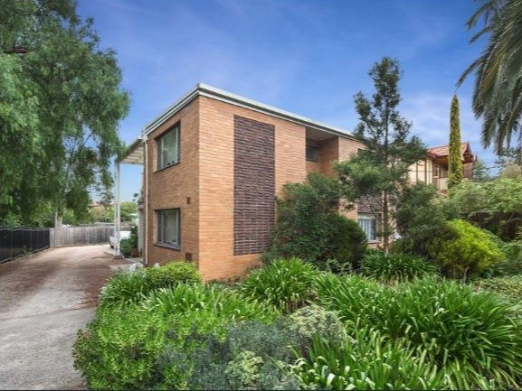 4/28 Warner St, Essendon VIC 3040