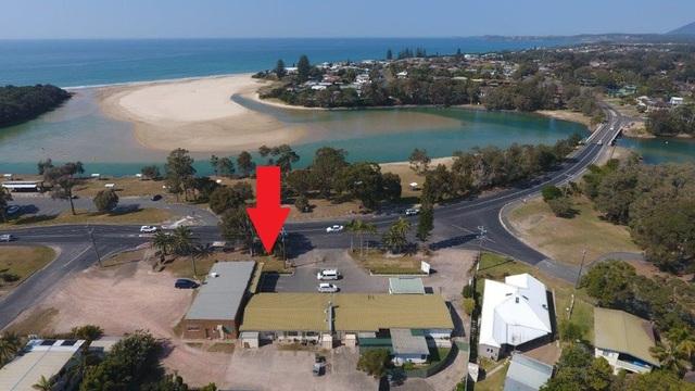 1661 Ocean Drive, Lake Cathie NSW 2445