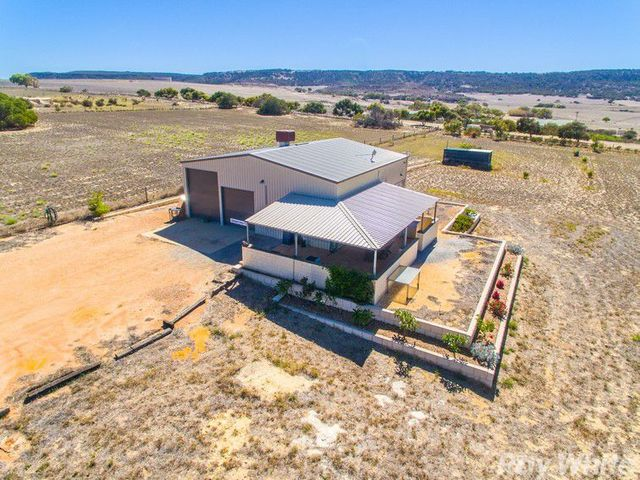32 Pitchford Crest, White Peak WA 6532