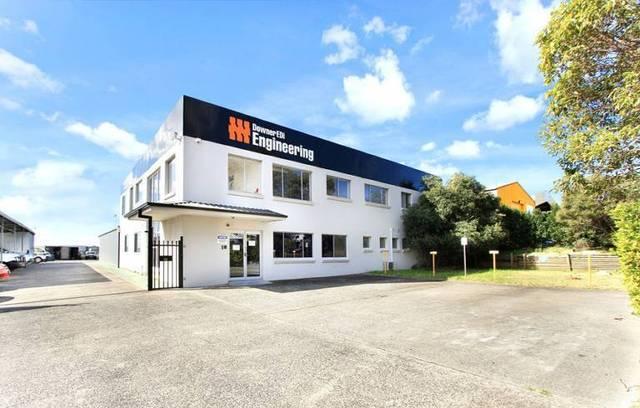 10 Orangegrove Road, Unanderra NSW 2526