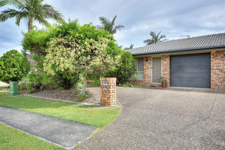 1 / 89 Treeview Drive