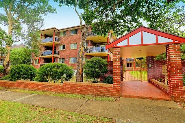 13/64-66 Cairds Avenue, Bankstown NSW 2200
