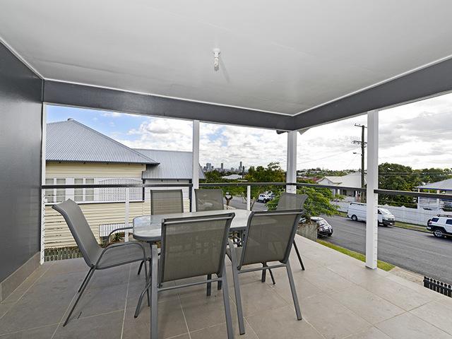 61 McIlwraith Avenue, QLD 4170