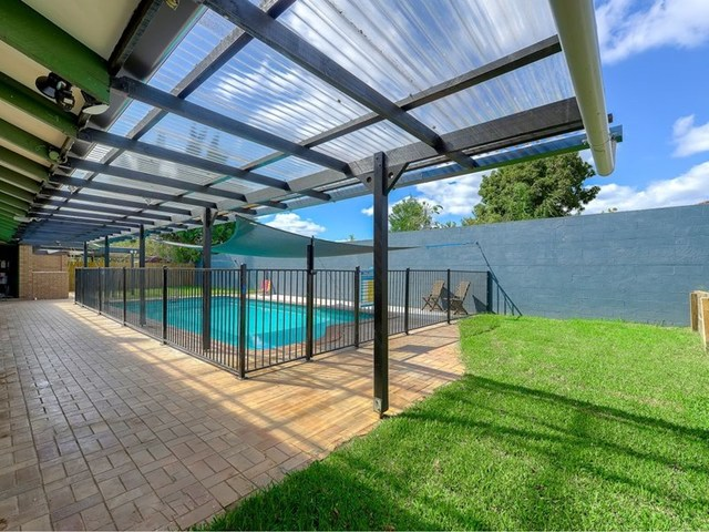 6 Lexia Place, QLD 4034