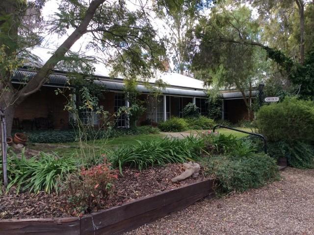 16 Tocumwal Barooga Road, Tocumwal NSW 2714