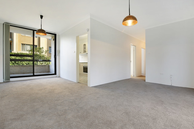1/4 Pleasant Avenue, North Wollongong NSW 2500