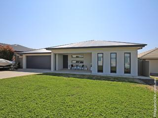 54 Barrima Drive Glenfield Park NSW 2650