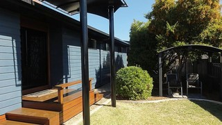 4 Oxley Street
