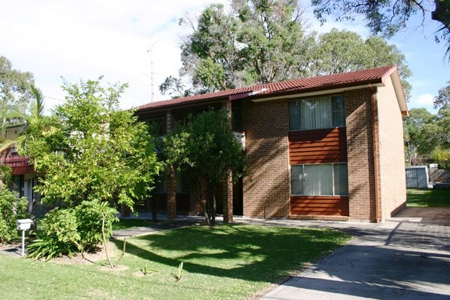 70 Cams Boulevard, Summerland Point NSW 2259