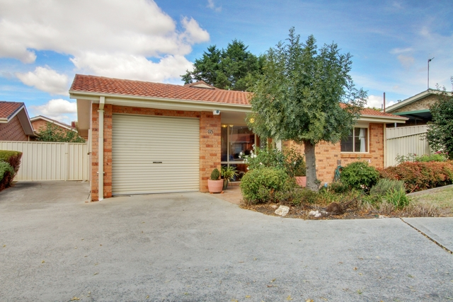 10/15 Stace Place, ACT 2906
