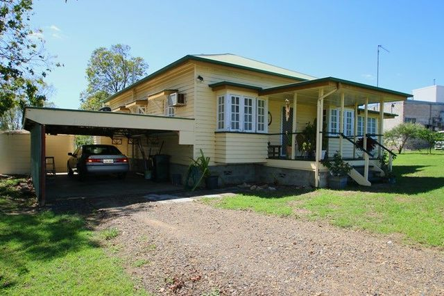 18 Mill Road, Monto QLD 4630