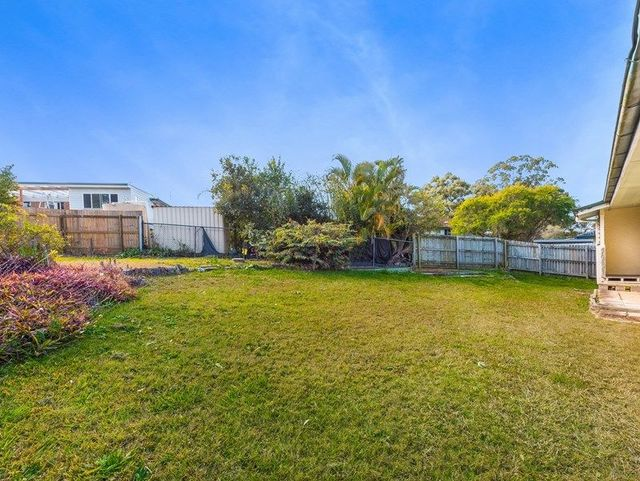 60 Woodlands Drive, Rochedale South QLD 4123