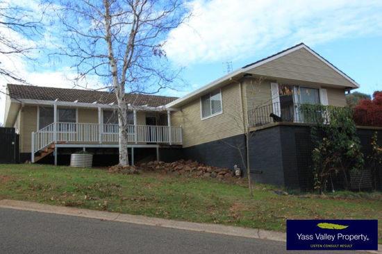20 Weemilah Street, Yass NSW 2582