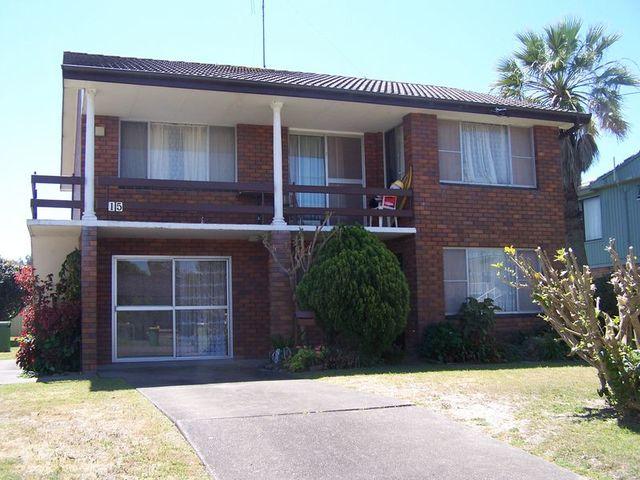2/15 Maneela Street, Forster NSW 2428