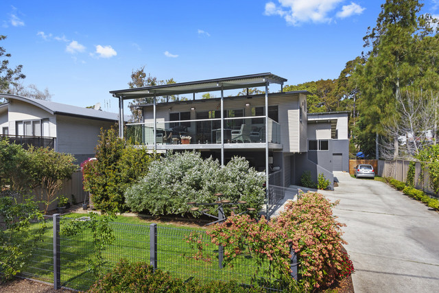 30a Connell Close, Mossy Point NSW 2537