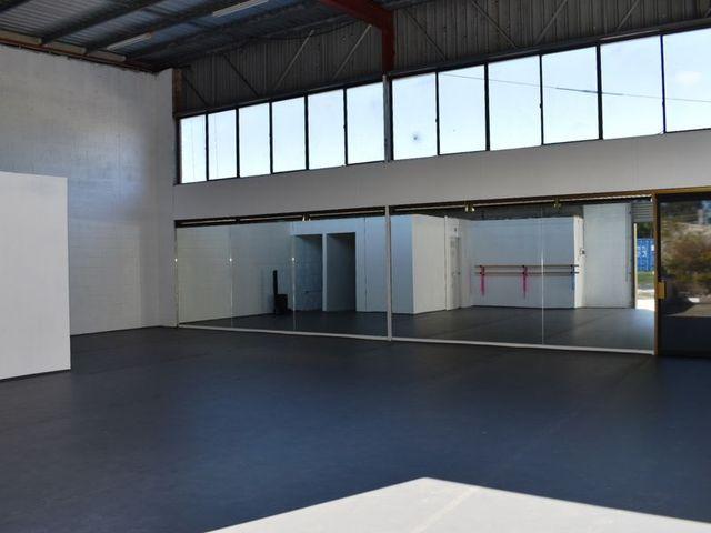 1 & 2/3 Comserv Close, West Gosford NSW 2250