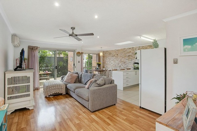 4/25 Wagtail Court, Burleigh Waters QLD 4220