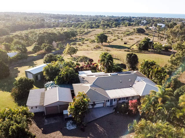 8 North Point Court, Dundowran QLD 4655