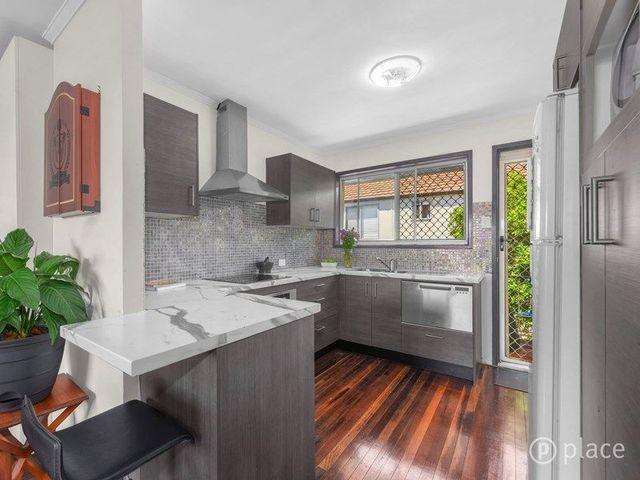 2/30 Ninth Avenue, QLD 4151