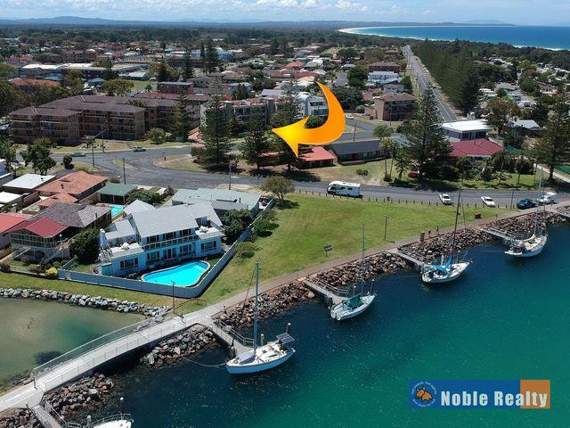 6 'Castillo Del Mar'/11-15 Beach Street, Tuncurry NSW 2428