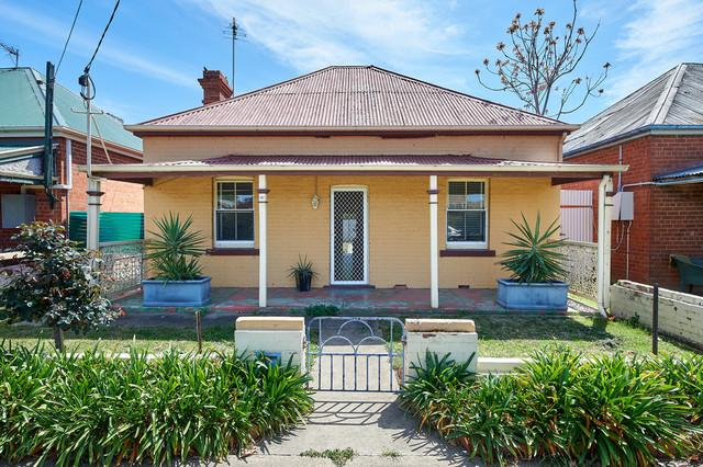 20 Albury Street, Wagga Wagga NSW 2650