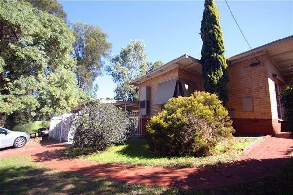 2 Kenwyn Drive, Campbelltown SA 5074