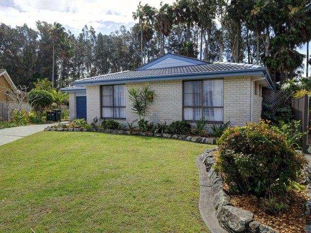 35 Susella Crescent, Tuncurry NSW 2428