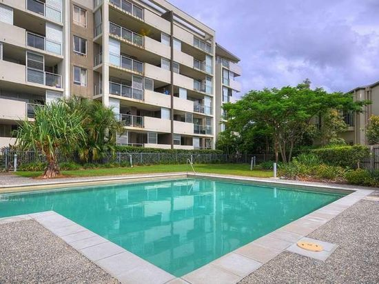 1401 12 Executive Dr, Burleigh Waters QLD 4220
