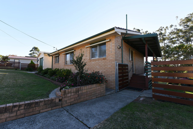 102 River Road, NSW 2540