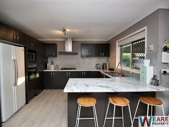 21 Myles Crt, Boronia Heights QLD 4124
