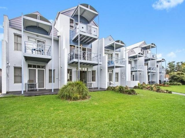 11/33 Clyde Street, NSW 2536