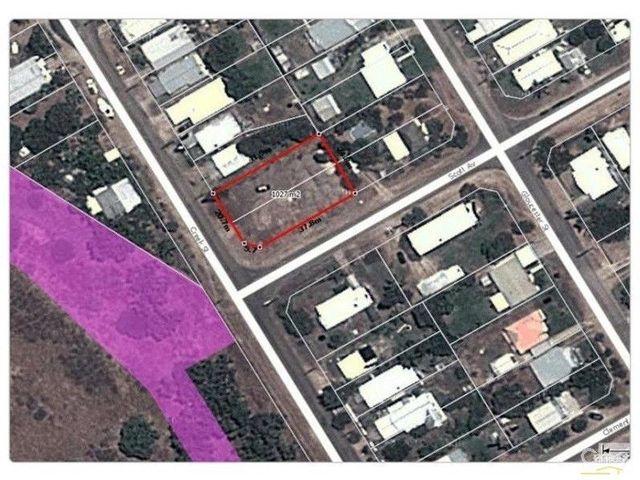 40 Creek Street, QLD 4805