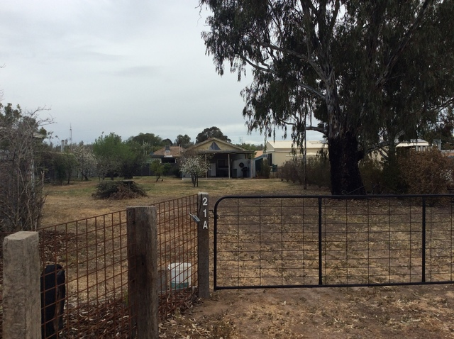 21A Hill Street, Tocumwal NSW 2714