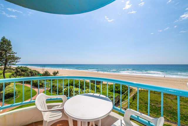 8/26 Old Burleigh Road, Surfers Paradise QLD 4217