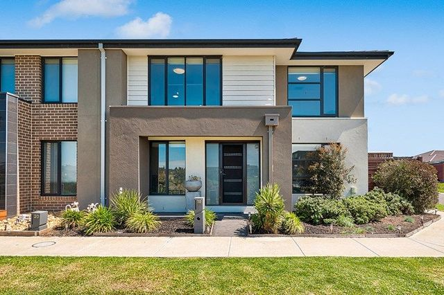 18 Fenix Way, VIC 3978