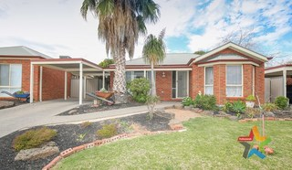 24 Macquarie Court