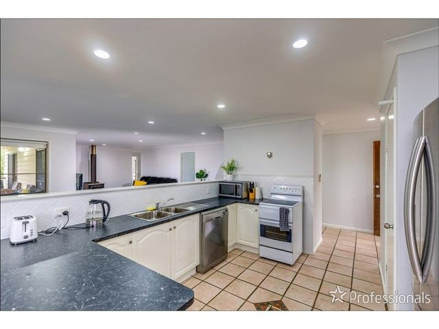 55 Magnetic Drive, Tamborine Mountain QLD 4272