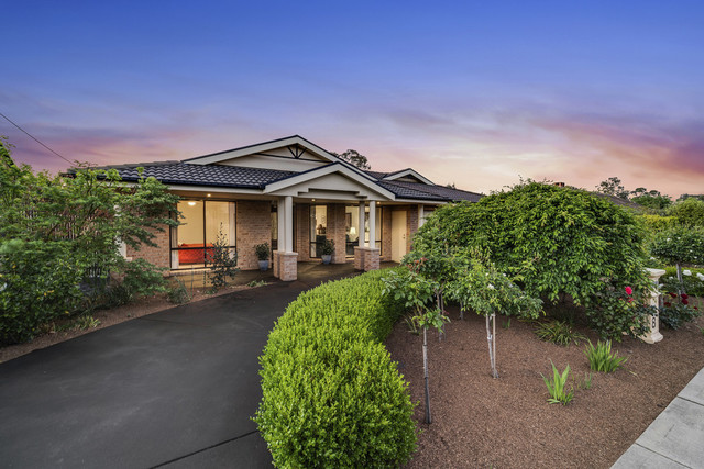 8 Bega Place, ACT 2604