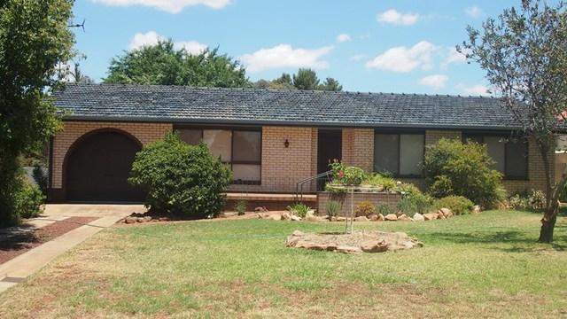 32 Willandra St, Lake Cargelligo NSW 2672