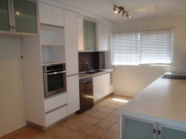 4/5 Lamond Street, QLD 4802