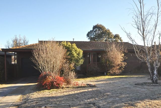 7 Warra Street, Cooma NSW 2630