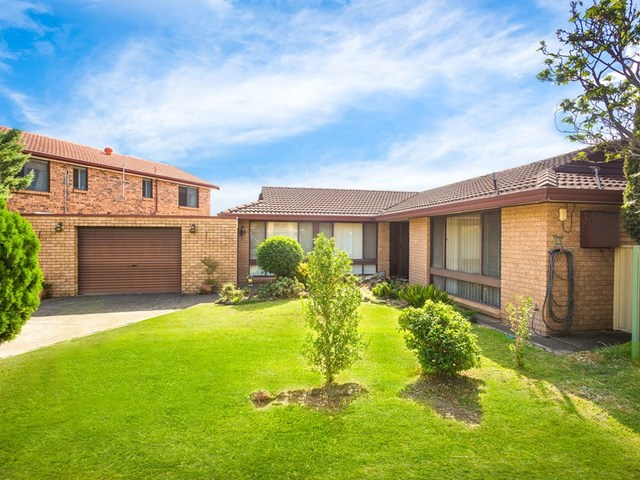 3 Jade Court, Georges Hall NSW 2198