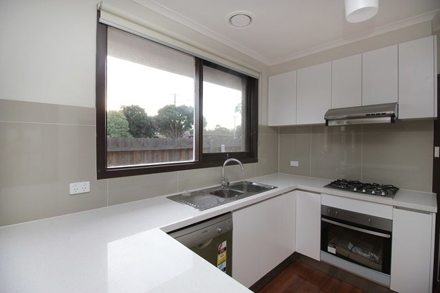 734 Highbury Rd, Glen Waverley VIC 3150