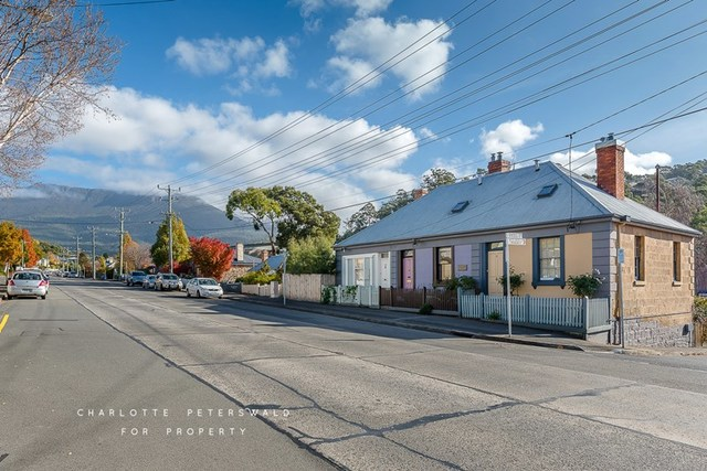 11 Cascade Road, South Hobart TAS 7004