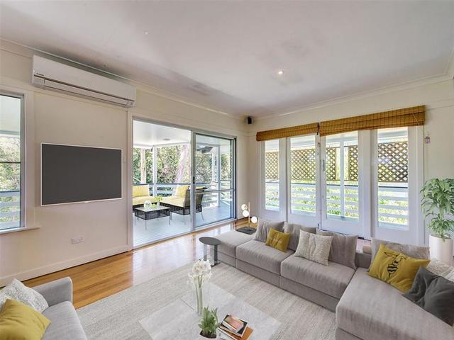 34 Lomatia Street, Everton Hills QLD 4053