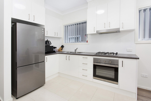 8/125 Lake Entrance Road, Barrack Heights NSW 2528