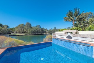 14 Spinifex Place