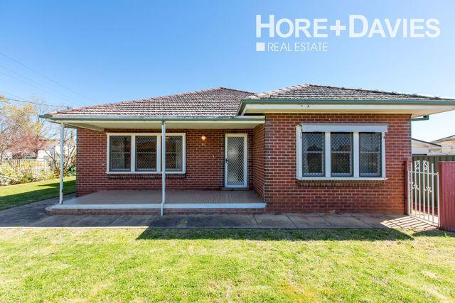 62 Bourke Street, Turvey Park NSW 2650