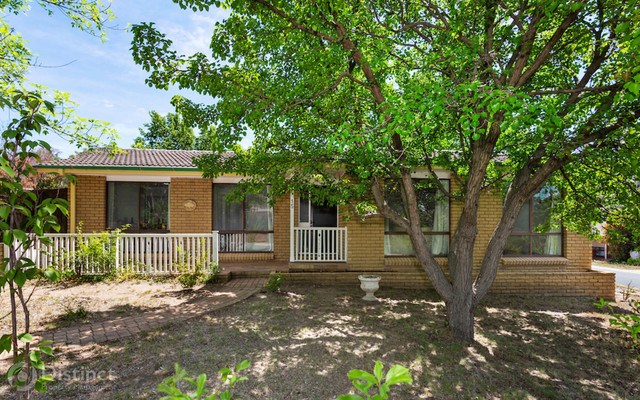 15 Wheatley Street, Gowrie ACT 2904